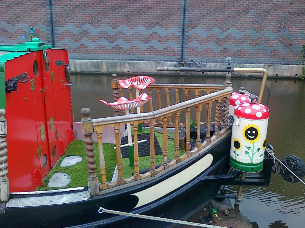 Narrowboat decoration